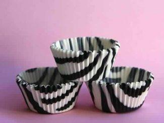 Cupcakes de zebrinha (massa, cobertura e forminha) 1