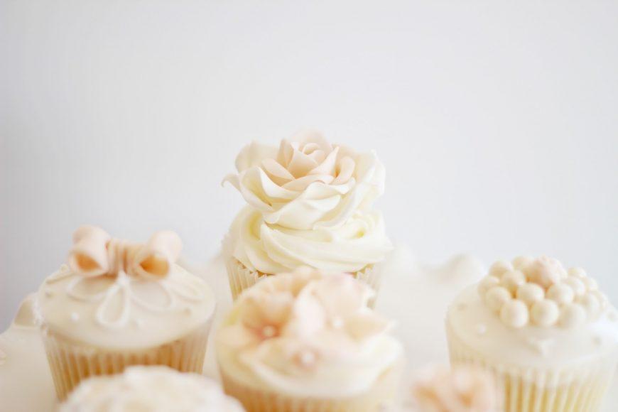 Cupcakes para casamento ou chá de panela 3