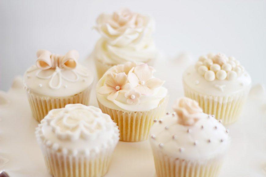 Cupcakes para casamento ou chá de panela 2