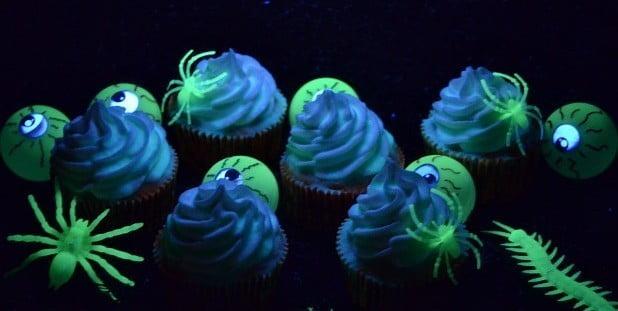 Cupcakes que brilham no escuro