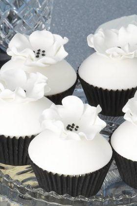 cupcakes-preto-branco (17)