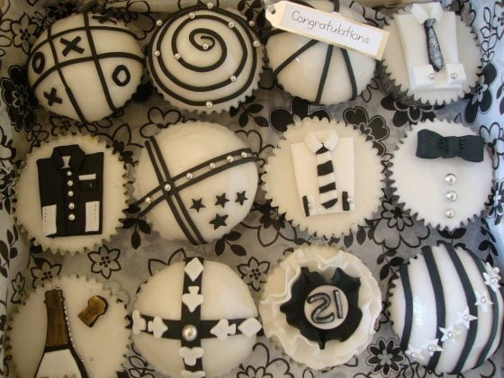 cupcakes-preto-branco (6)