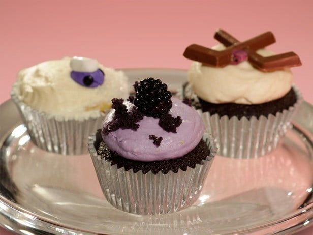 WS0203_victoria-donnelly-cupcakes_s4x3_lg
