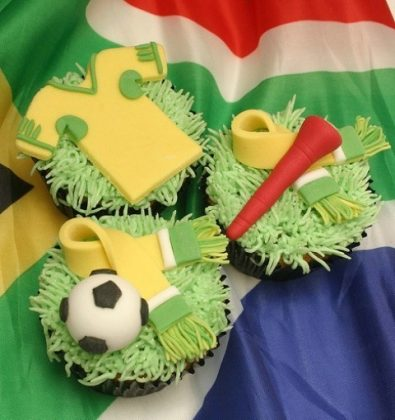 Cute-world-cup-cupcakes