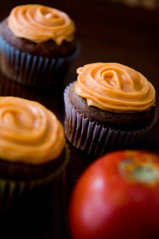 Cupcakes de feijão com tomate