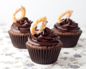 Chocolate-Churro-Cupcakes