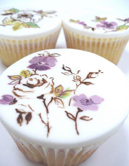 Cupcakes pintados à mão
