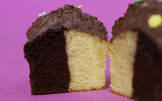 Cupcakes com massa de dois sabores