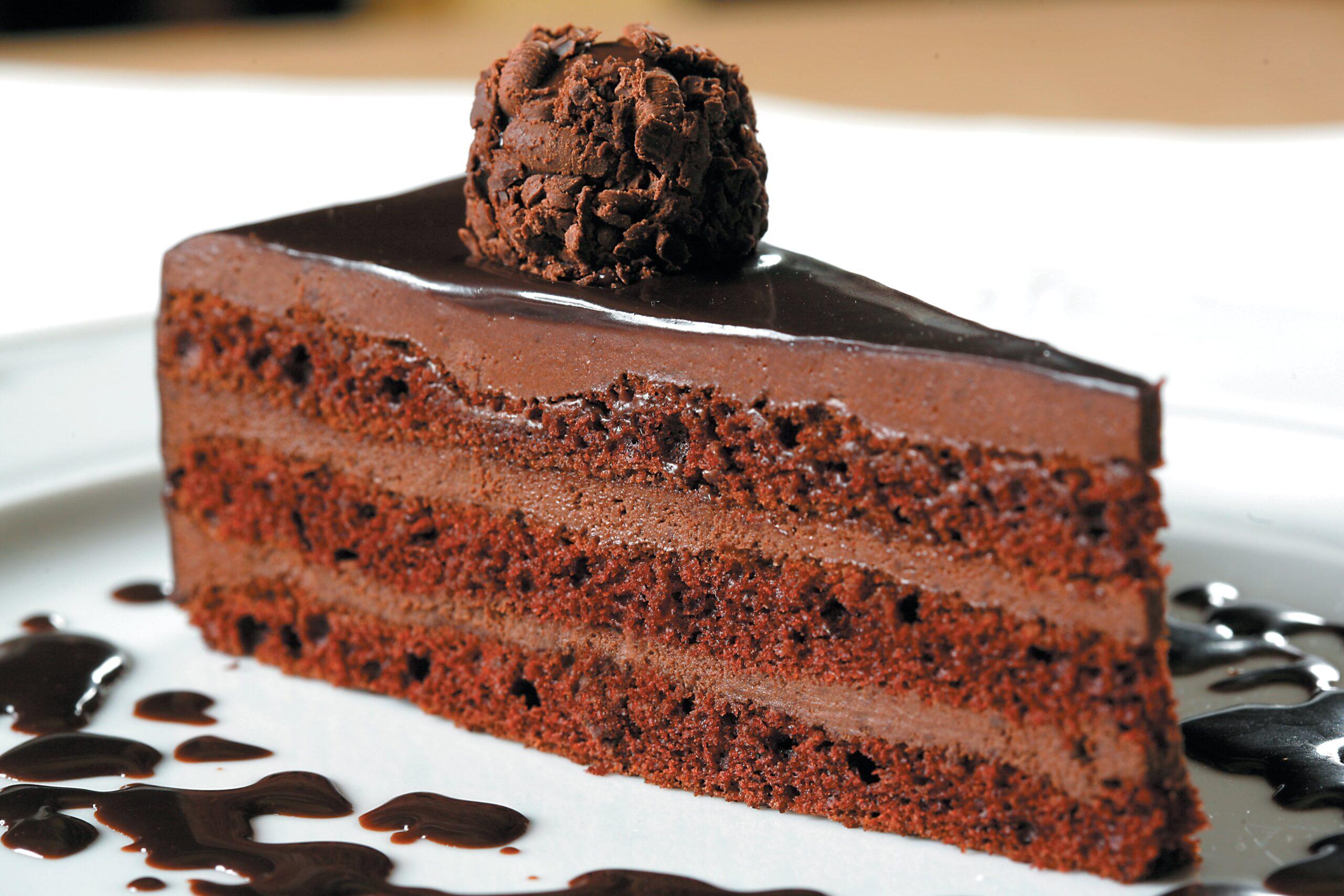 Bolo de chocolate trufado 1
