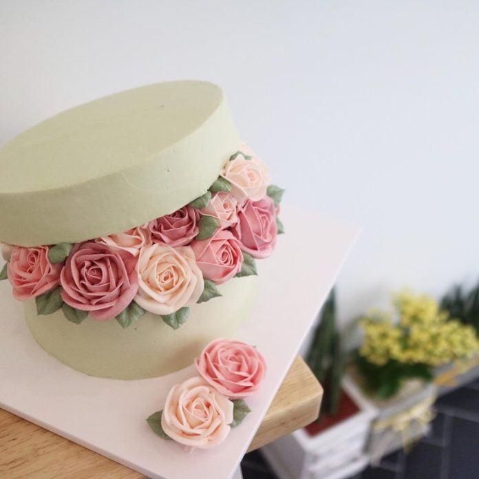 Flower cakes 3