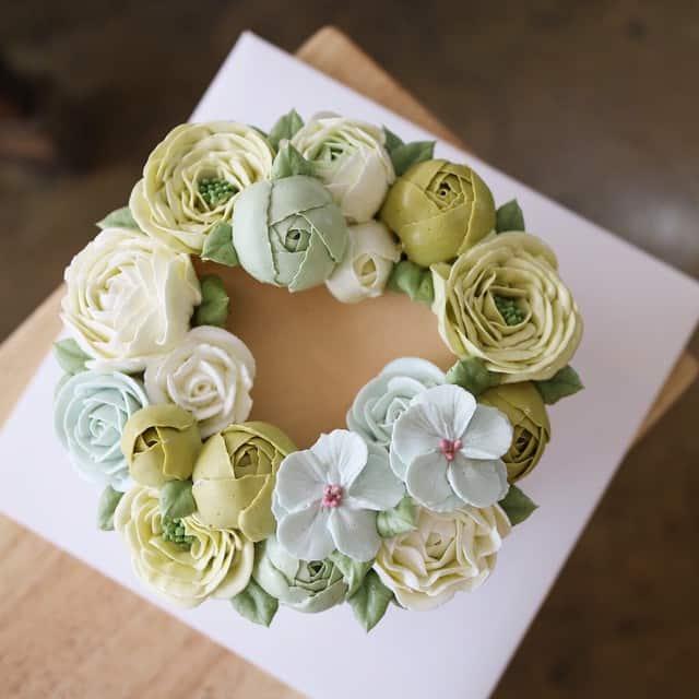 Flower cakes 23
